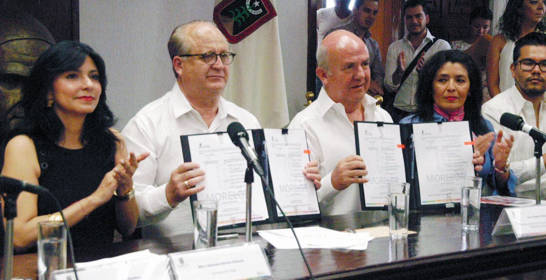 Convenio. El Gobierno estatal y la ANTAD acordaron trabajar en favor de los derechos de los menores trabajadores.