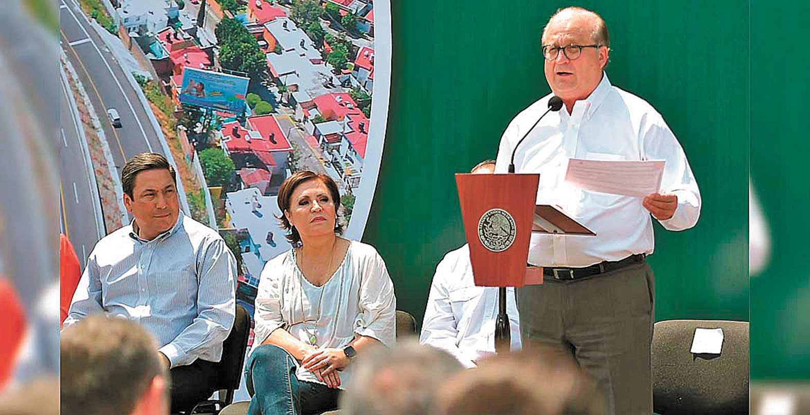 Radican solicitud de juicio político a Graco Ramírez