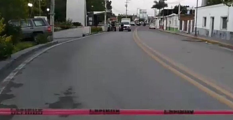 Matan a ladrón de autos y dejan su cabeza en caja de cartón, en Tlaquiltenango