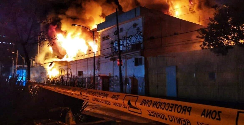 Se incendia subestación Coyoacán de la CFE, en CDMX