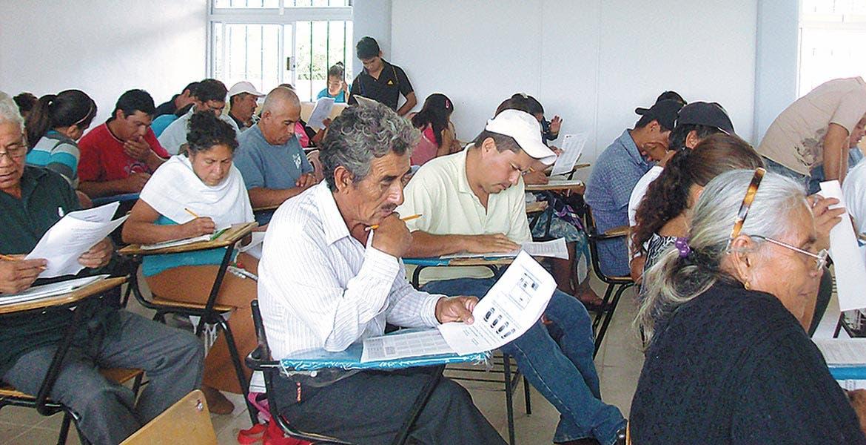 Renuevan. Hay interés en adultos mayores por aprender a leer y escribir.