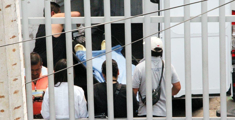 Diligencias. Óscar García Adame murió debido a las heridos que presentó en el abdomen y en el tórax, tras participar en una riña entre 20 convictos de los dormitorios tres y cuatro del penal de Atlacholoaya, en Xochitepec.
