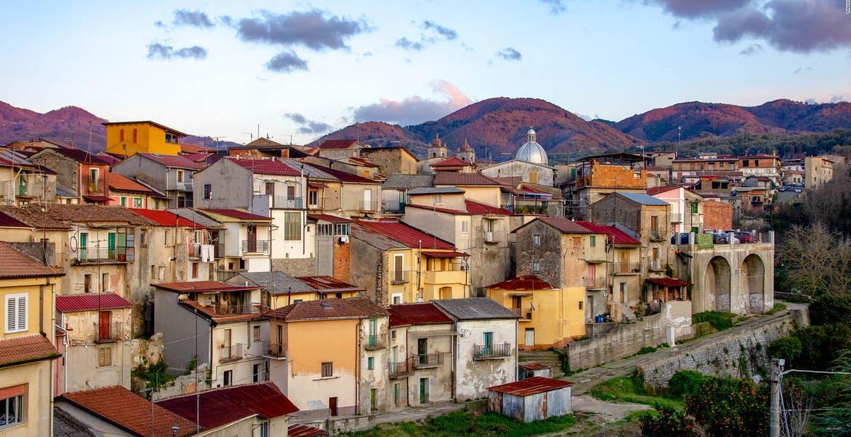 ¿Te mudarías allá? Pueblo de Italia...