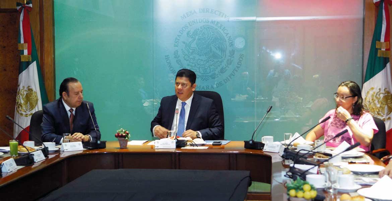 Llamado. Javier Bolaños aseguró que la SCT debe apresurar los trabajos para que la circulación sea más rápida en el Paso Express.