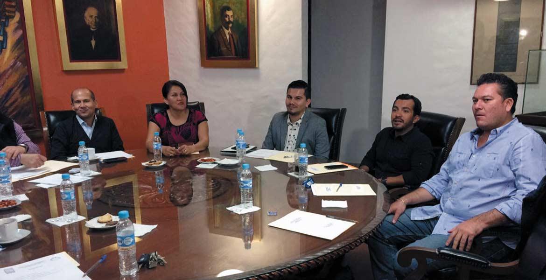Junta Política. Diputados integrantes del órgano legislativo decidieron dar trámite a la solicitud de destitución del alcalde capitalino.