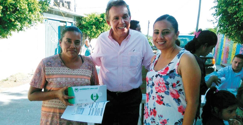 Cobertura. Intensificarán entrega de estos apoyos en los 33 municipios, señaló Jorge Meade, delegado de la Sedesol.