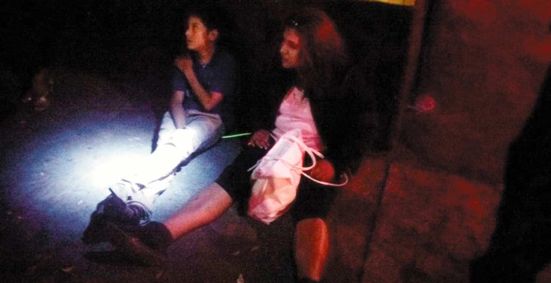 Encontronazo. Cinco personas, entre ellas un menor de 10 años, resultaron lesionados al chocar un taxi y un auto en la colonia Emiliano Zapata, de Cuautla.