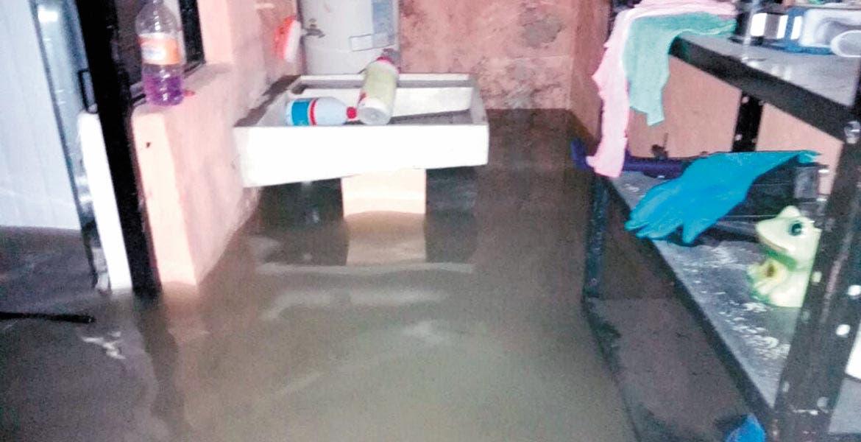 Pérdidas. En total fueron 55 las viviendas que resultaron con afectaciones luego de la intensa lluvia registrada el domingo y madrugada de ayer.