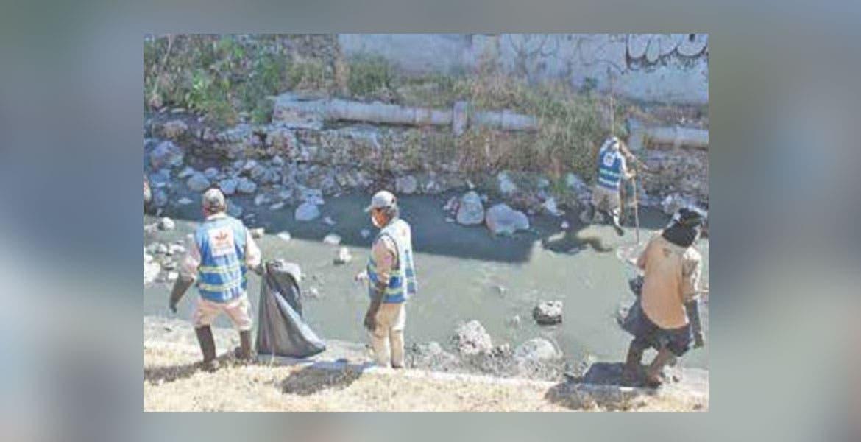 Notifican a 252 familias en zona de riesgo en Cuernavaca