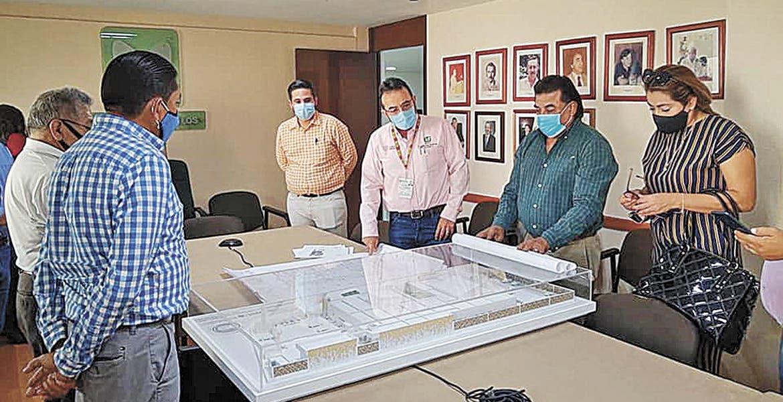 Presentan maqueta de nueva clínica IMSS en Emiliano Zapata