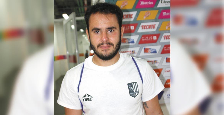 Afición de Cruz Azul corea el nombre de Paco Jémez tras expulsión