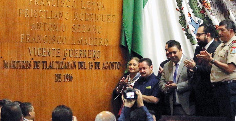 Muro. Inscrito con letras doradas quedó en el muro de honor del Congreso del estado: Mártires de Tlaltizapán del 13 de agosto de 1916.