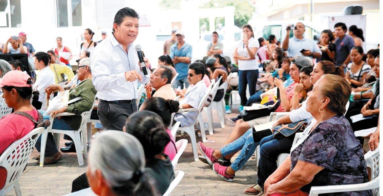 Rescate. El secretario de Gobierno, Matías Quiroz Medina, comentó sobre el estatus del rescate de los ayuntamientos con laudos que ponen en riesgo la destitución de ediles.