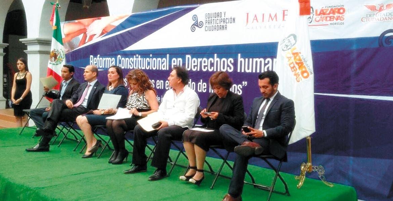 Evento. Jaime Álvarez Cisneros en el foro Reforma Constitucional en Derechos Humanos, retos y avances en Morelos, se dijo satisfecho con la decisión y con su voto a favor del matrimonio igualitario.
