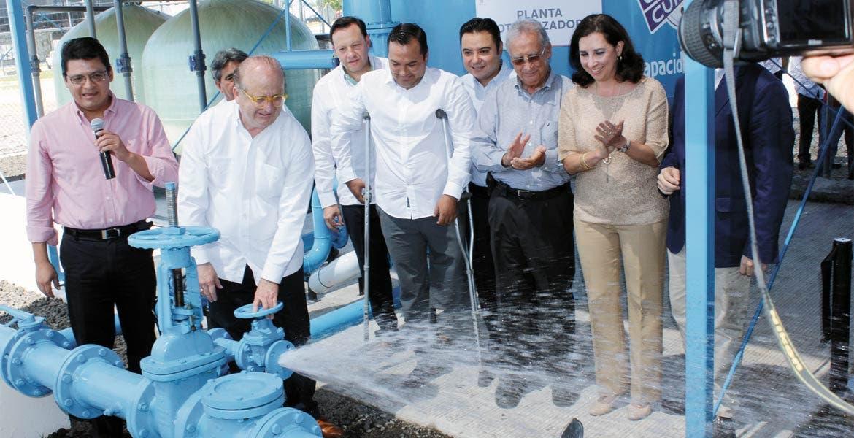 Entregan obras. El Gobernador Graco Ramírez hizo entrega de los trabajos, en los cuales se coordinó inversión estatal y federal.