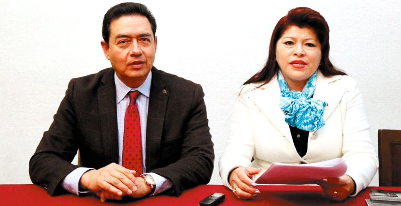 Reconocimiento. La diputada Edith Beltrán señaló que se debe reconocer el lado humano de los maestros.