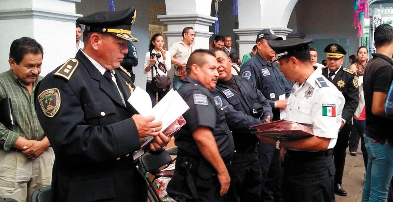Galardón. Fueron 9 elementos los que recibieron por su destacada labor al interior de la Secretaría de Seguridad Ciudadana.