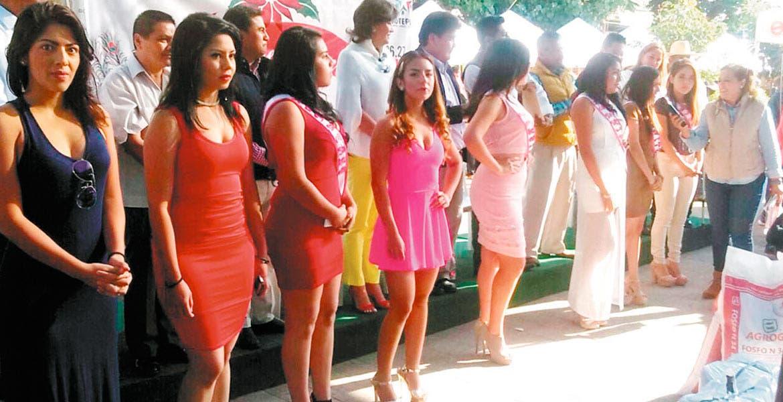 Bellezas. Con una buena causa, se realiza este año el certamen de belleza en el zócalo de Jiutepec.