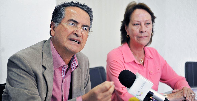 Cobertura. Miguel Ángel Izquierdo Sánchez, subsecretario de Educación Media Superior y Superior, y Beatriz Ramírez Velázquez, secretaria de Educación, aseguraron que las escuelas públicas y privadas tienen espacios para todos los estudiantes.