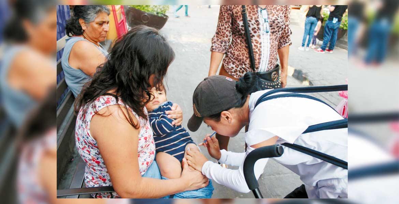 Previsión. El llamado es para que la ciudadanía se aplique la vacuna en el centro de salud más cercano, la cual es gratuita.