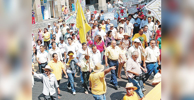 Piden a militantes de Morena participar en elección de presidencia y secretaría del partido