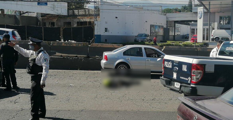 Motociclista falleció tras ser atropellado por un camión en bulevar Cuauhnáhuac, de Cuernavaca