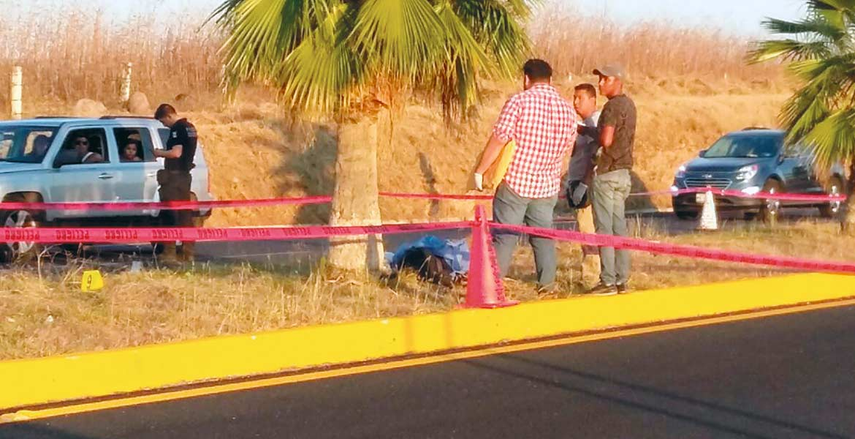 Diligencias. Un motociclista murió al ser arrollado por un auto, cuando circulaba por la autopista México-Acapulco, a la altura del kilómetro 130+420 en Jojutla.