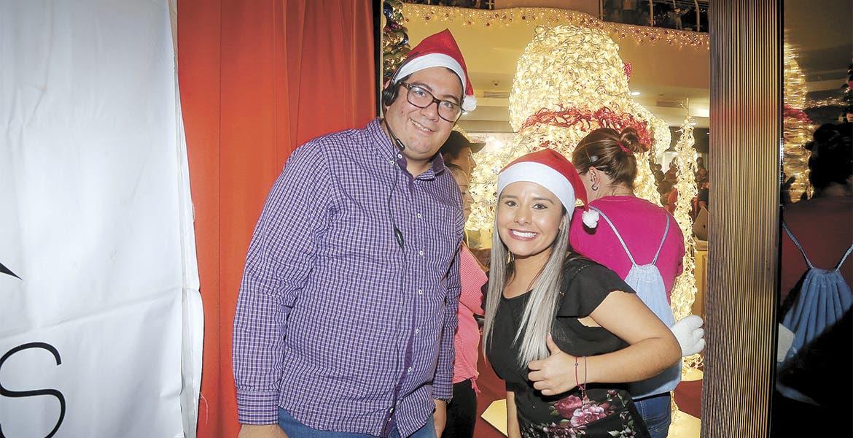 Galerías Cuernavaca realizó su tradicional encendido del árbol navideño - Diario de Morelos