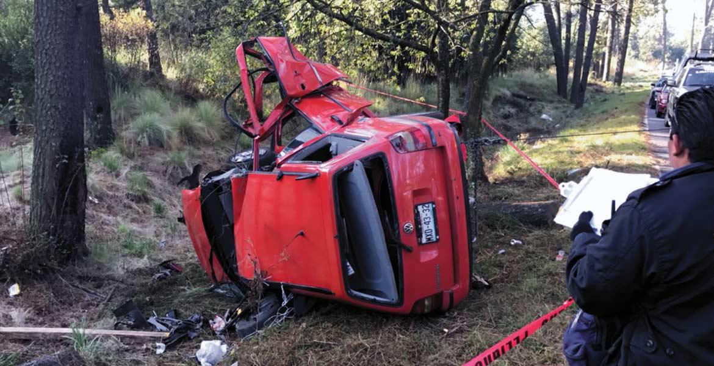 Deceso. El Sargento Manuel Romero Cortés y el Cabo Mauricio Sánchez Castelán, asignados a la guardia del Presidente Enrique Peña Nieto, murieron al volcar su auto.