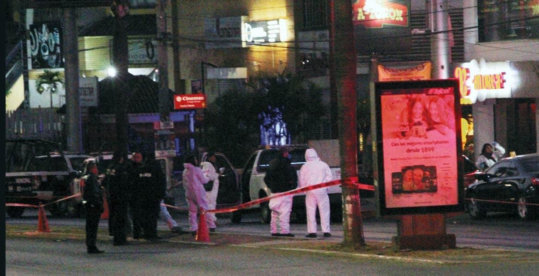 Crimen. Angélica fue asesinada de dos balazos en el rostro por su esposo, tras discutir con él, quien intentó golpearla cuando convivían en el interior de un bar, ubicado en la avenida Plan de Ayala, de Cuernavaca.