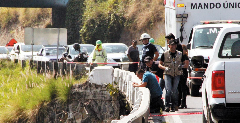 Acceso. El rescate del cadáver fue difícil, dada las condiciones del lugar; el cuerpo fue hallado boca abajo y flotando en el río.