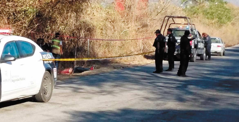 Hallazgo. Un señor murió al ser atropellado por un vehículo desconocido, en el libramiento Tlaltizapán-Yautepec, en el poblado de Ticumán.