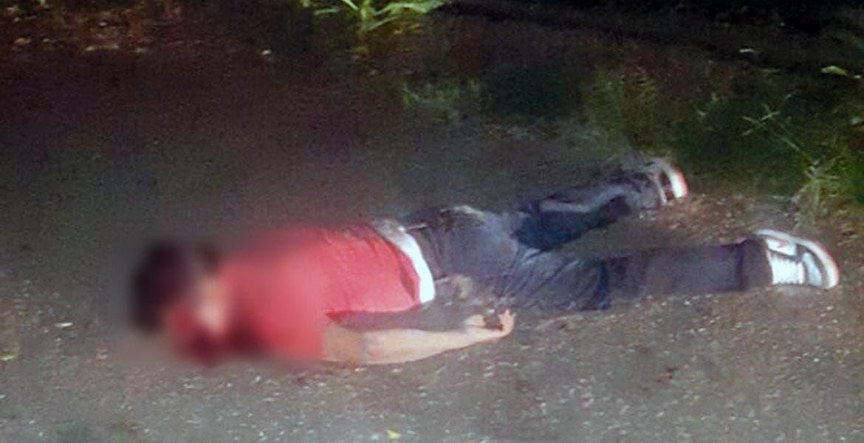 Diligencias. Un joven fue asesinado a cuchilladas en el rostro y en el cuello, siendo abandonado en la colonia Ixtlahuacan, por lo que ministeriales indagan el crimen.