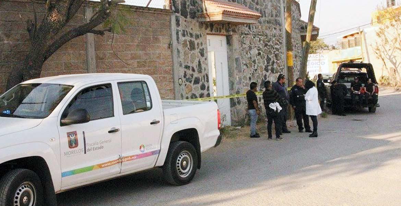 Diligencias. Un trabajador de la construcción fue atado de pies y manos, asesinado a golpes y abandonado en una alberca de la obra en donde trabajaba, en la colonia Joya del Agua, en Jiutepec, donde fue hallado por su hermano.