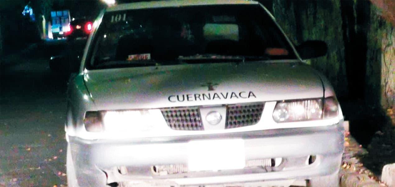 Aparece chofer en cajuela de auto en Cuernavaca