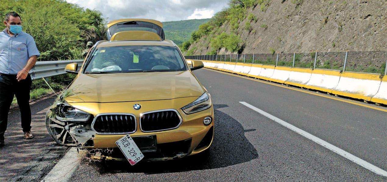 Le quitan la vida a conductor cuando cambiaba su llanta en la pista Cuernavaca Acapulco
