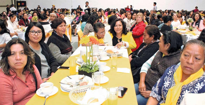 En el PRD. Forman red para fortalecer participación política de la mujer.