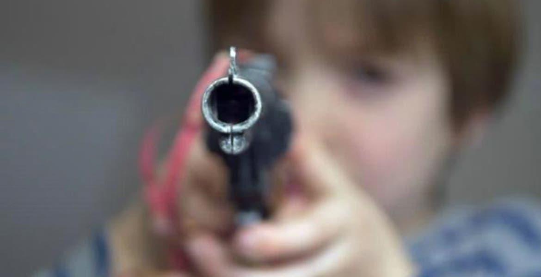 Adolescentes matan al novio de su mamá con tal de defenderla