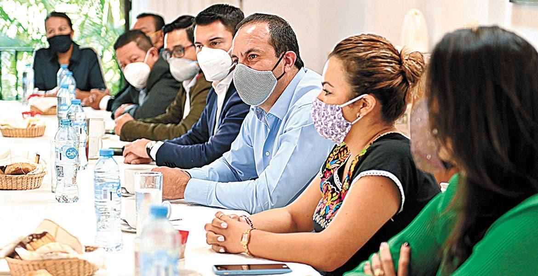 Dialogan Gobernador y Colegio de Notarios de Morelos