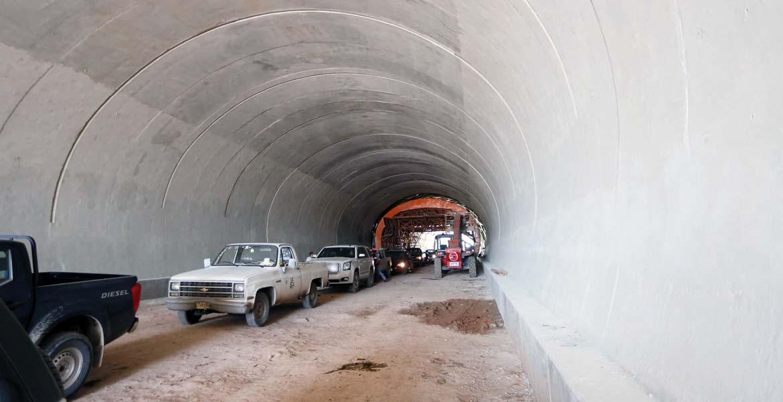 Trabajos. El tramo que conectará a Morelos con el Pacífico lleva un 60 por ciento de avance, de acuerdo con las autoridades.