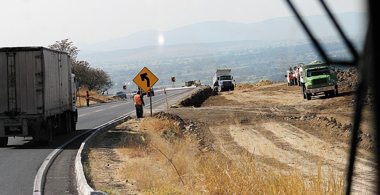 Urgencia. El diputado Jaime Álvarez llamó a que se construya un diálogo para que la ampliación a cuatro carriles de esta autopista quede finalizada a la brevedad.