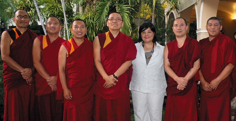 Traen mensaje de paz desde Tíbet