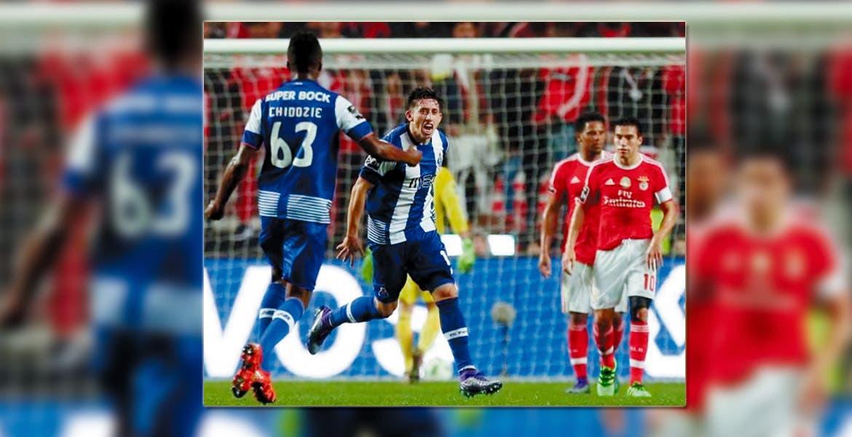 En la pelea. Porto se mantiene en la tercera posición del campeonato con 49 puntos.