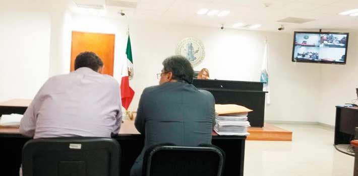 Proceso. Aspectos de la audiencia realizada ayer en Cuautla contra el ex alcalde Jesús González Otero; la juez que lleva el caso decidió cambiar al abogado del acusado por deficiencias en la defensa.