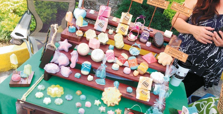 Belleza. Diversos productos orgánicos fueron ofertados para turistas y morelenses que acudieron a las instalaciones del Ayuntamiento de Cuernavaca.