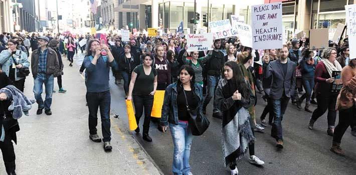 La unión hace la fuerza. Muchos ilegales morelenses se unen a los activistas para ser asesorados por si llega la deportación.