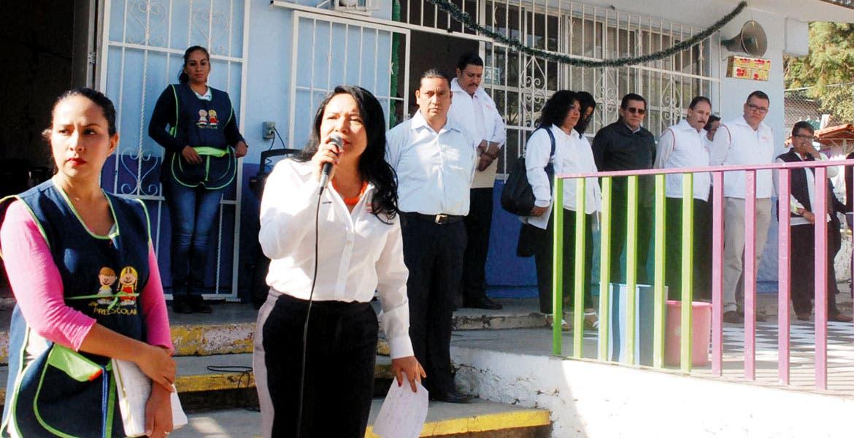 Respaldo. La líder magisterial en Morelos, Gabriela Bañón Estrada, señaló que acompañarán a los maestros no idóneos en su capacitación.