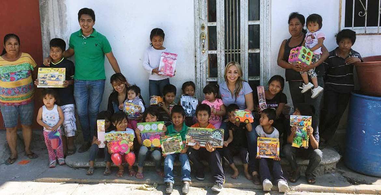 Recorrido. Johalin Meza Gómez recorrió zonas vulnerables del municipio de Yautepec.