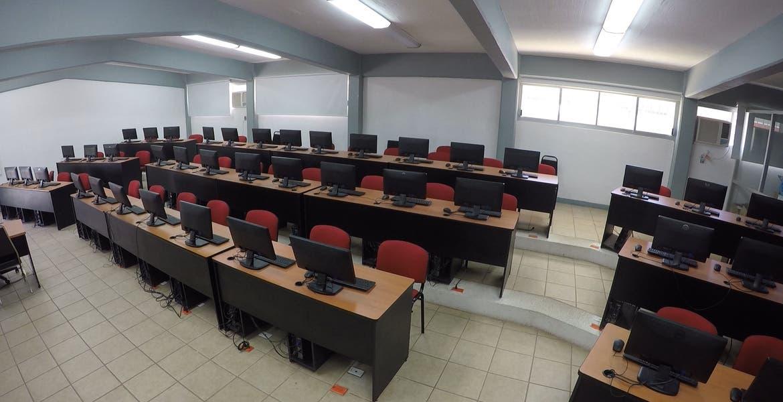 Regreso a clases en Morelos sería con menos alumnos en aulas