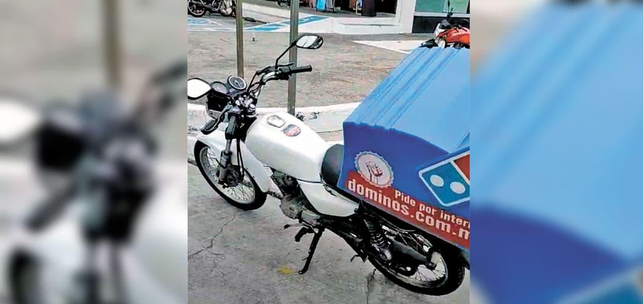 Chocan a repartidora de pizzas en Jiutepec; queda con múltiples golpes